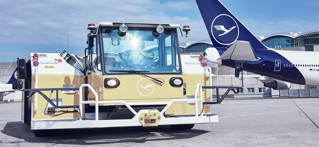 LEOS specializes in ground services at the major German airports. Its core competencies include aircraft towing, crew transportation and maintenance service for ground support equipment and vehicles.