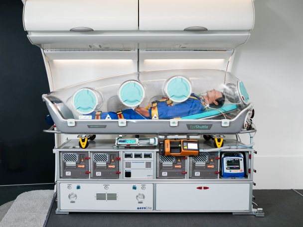 The concept of combination of our Patient Transport Unit and EpiShuttle, by EpiGuard, provides the perfect solution for intensive care transports of highly infectious patients on large aircraft.