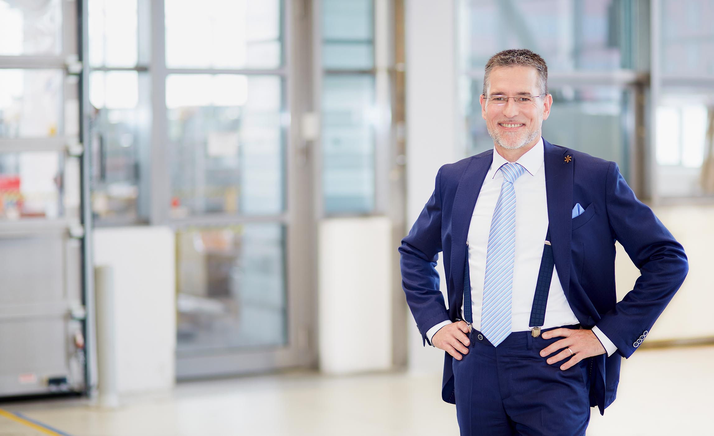 Rolf Weihrauch, Sales Executive