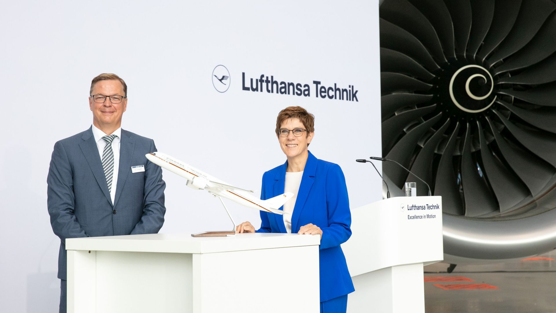 Handover of the first Airbus A350 to the German Federal Government's Special Air Mission Wing