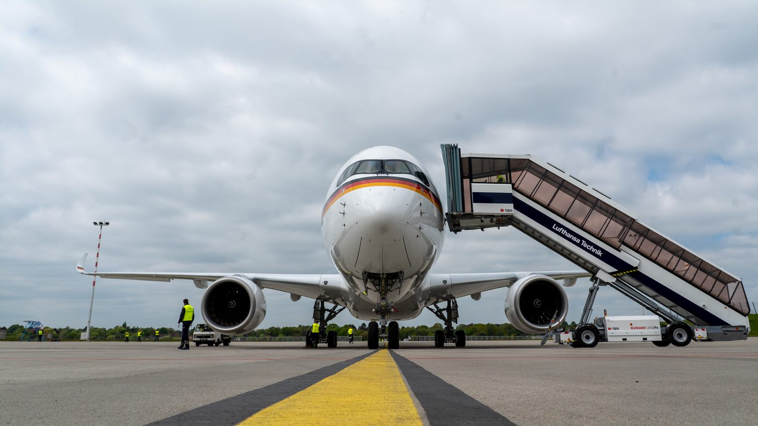 Conversion of Airbus A350 for German Federal Government's Special Air Mission Wing begins
