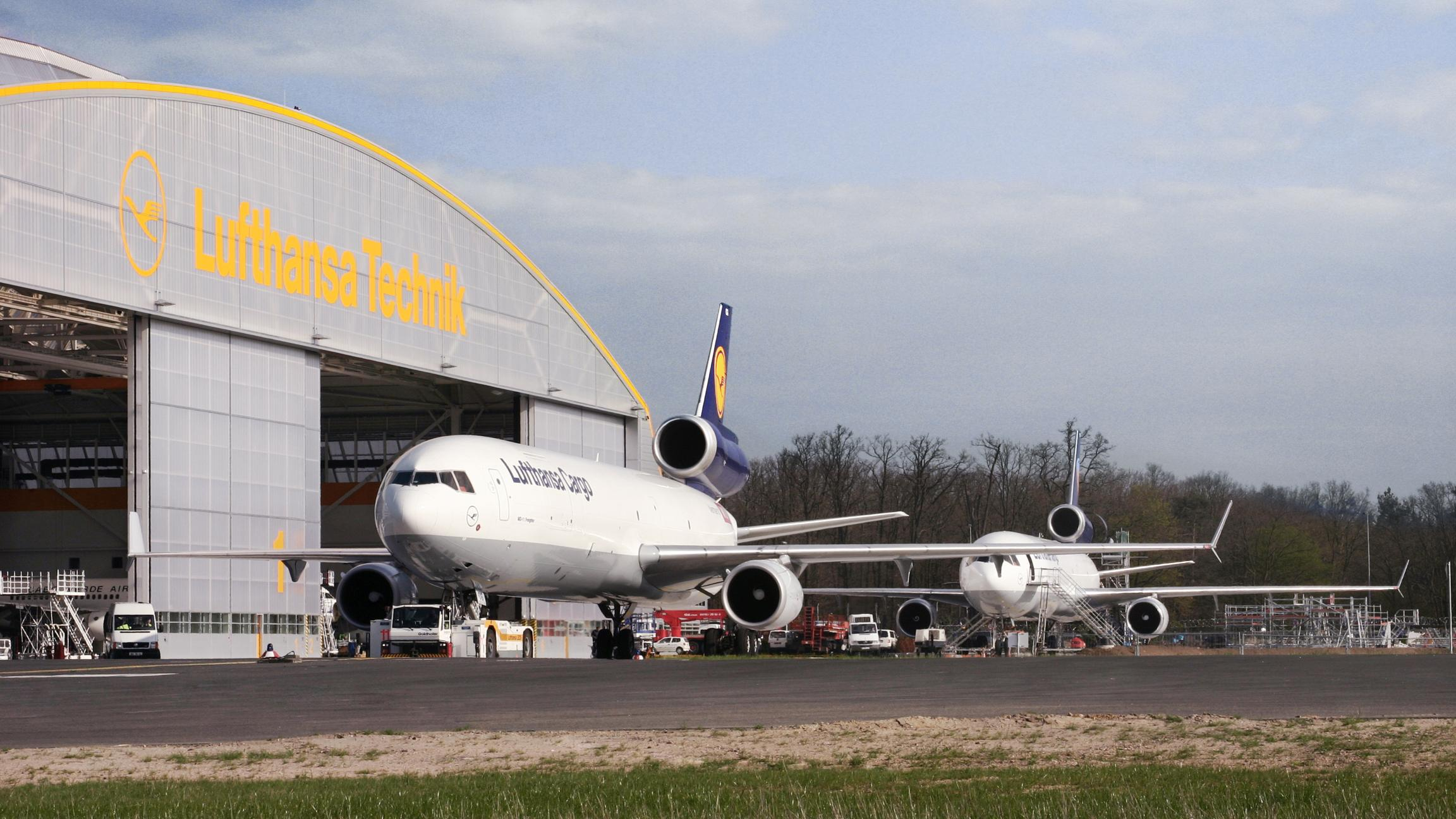 We love your MD11 aircraft, LH Cargo!